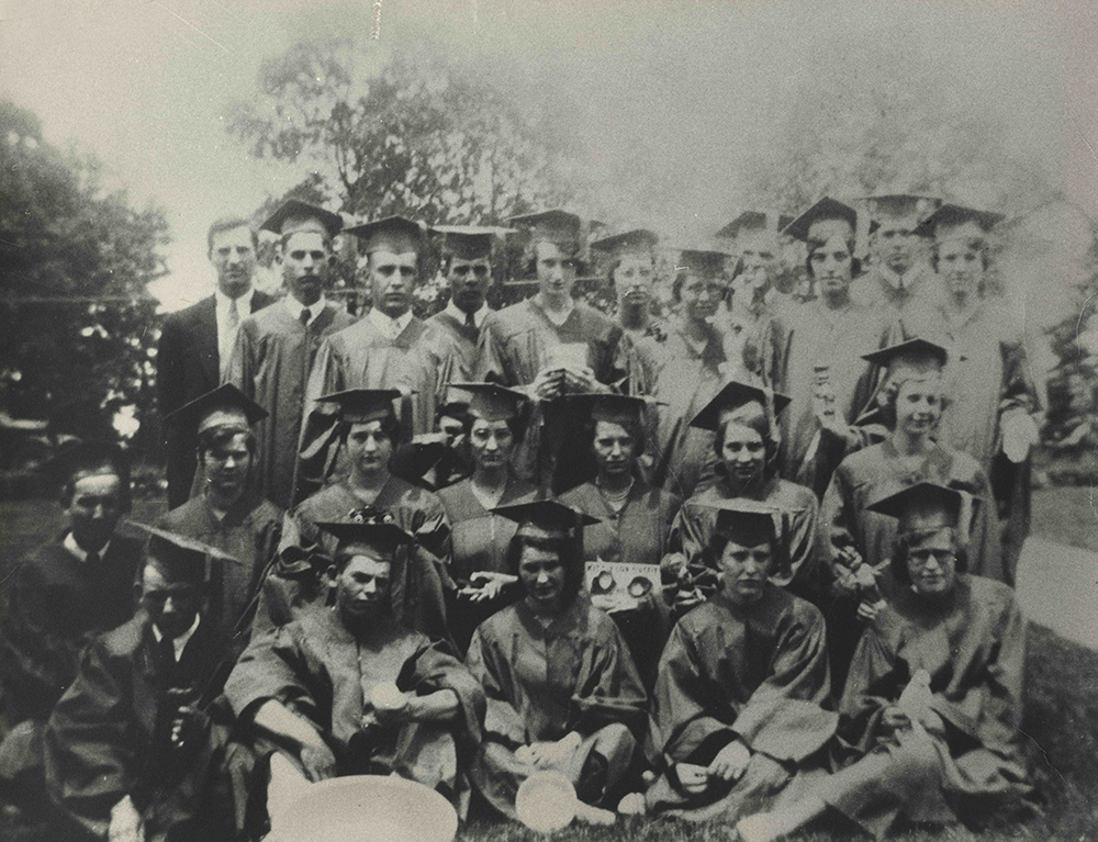 Crestwood High School 1938 graduates